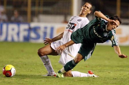 Rodrigo Souto levando coice de Lenny. (Thiago Bernardes/UOL)